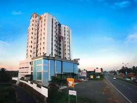 1 bhk fully furnished posh flatt at aluva kalamassery road muttom