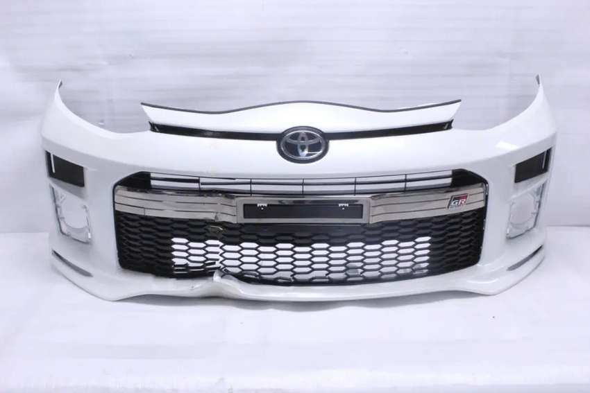 toyota aqua g gr ggr front bumper complete pearl white geniune availab