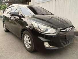 Hyundai Grand Avega AT tahun 2012 hitam