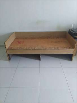Diwan with two drawer