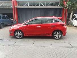 Toyota yaris 1.5 dual vvti AT merah thn 2018