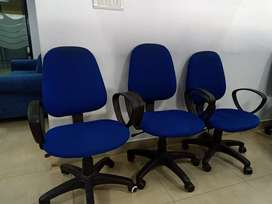 Flexible office chair