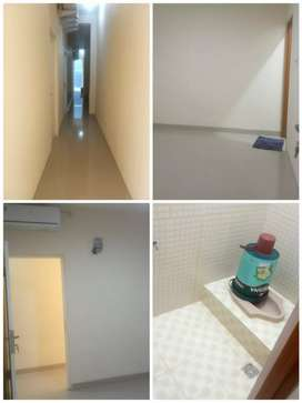 Kamar Kos (ac + kamar mandi dalam) sisa 3 unit
