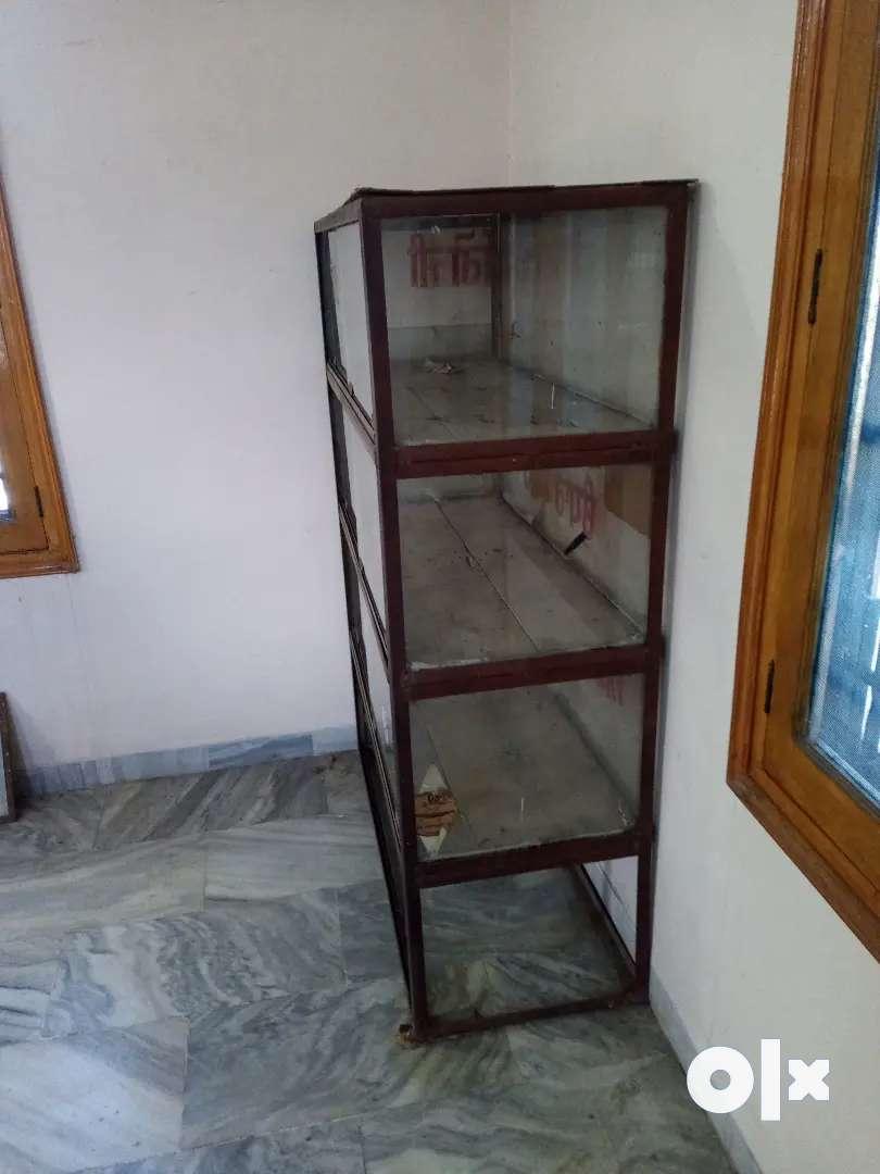 Book shelf/ Showpiece