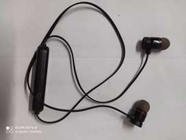 Want to sell my blue tooth Stereo earphone