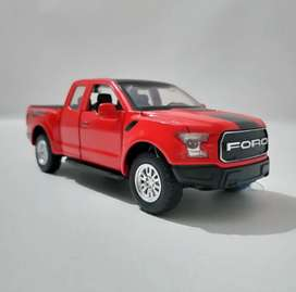 Ford Raptor 1:32 F150 MINIAUTO Diecast Model with Light and Sound