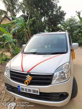 Maruti Suzuki wagon r vxi top condition.