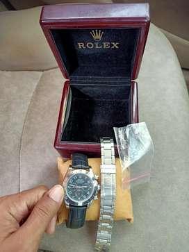 Di jual jam tangan keren dan mantab untuk semua tangan gemuk dan kurus
