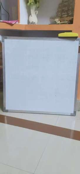 White board, carrom board