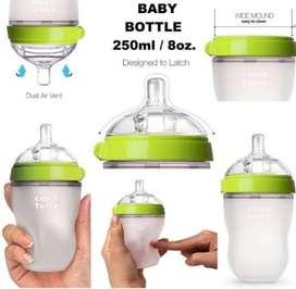 Comotomo Botol Bayi 250 ml