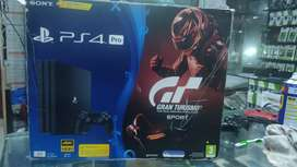 Ps4 pro 1 Tb used available