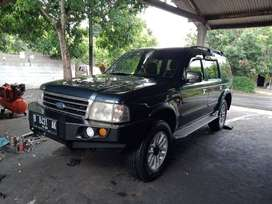 Ford Everest 4x2 manual diesel 2003
