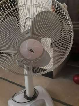 chargeable fan without batteries