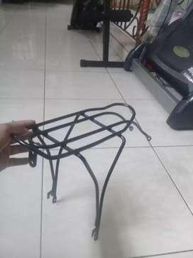 DI Jual boncengan sepeda lipat merk black