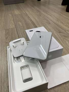 LATEST I PHONE 8 PLUS AVAILABLE (256 ) GB LIMITED STOCK  SILVER COLOR