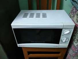 Bajaj 17L Solo Microwave Oven