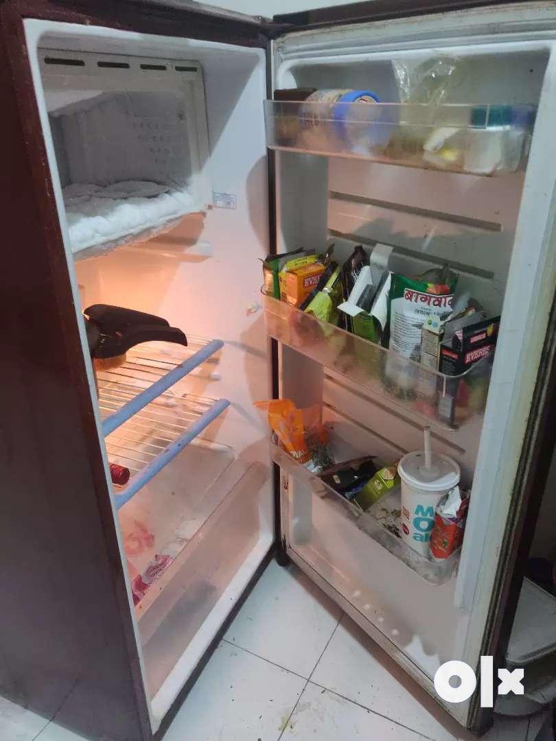 Single door fridge 0