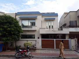 Bahria phase 4 three bed upper portion for rent