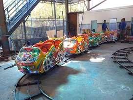 Kereta lantai odong mini coaster karet lokomotif odong odong RAA