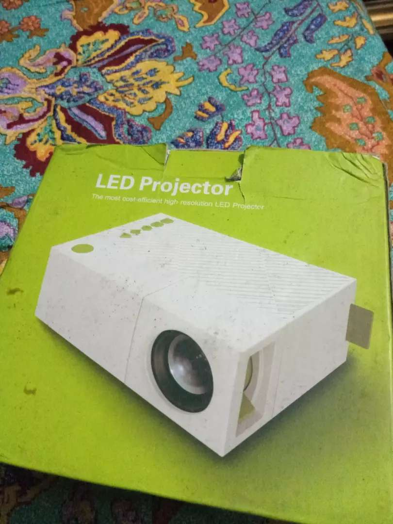 New projector full accesery 0