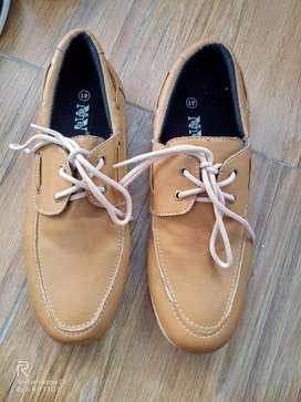 Sepatu Pria Merk NNdhe size 41