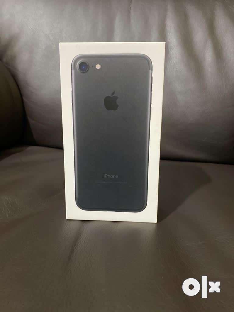 iPhone 7 black colour