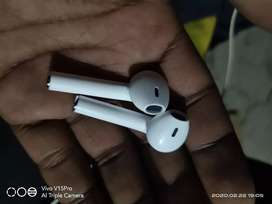 Ear pods with very good condition