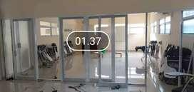 Kusen dan pintu aluminium kaca