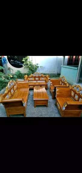 Kursi ruang tamu bahan kayu jati