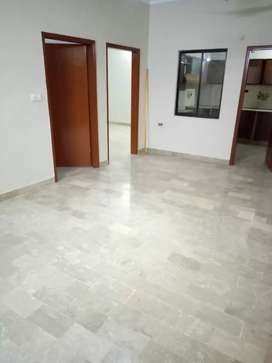 out class flat with lift avialable for rent in big bukhari