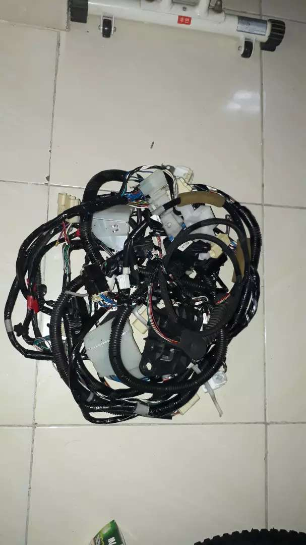 Jual kabel body innova 0