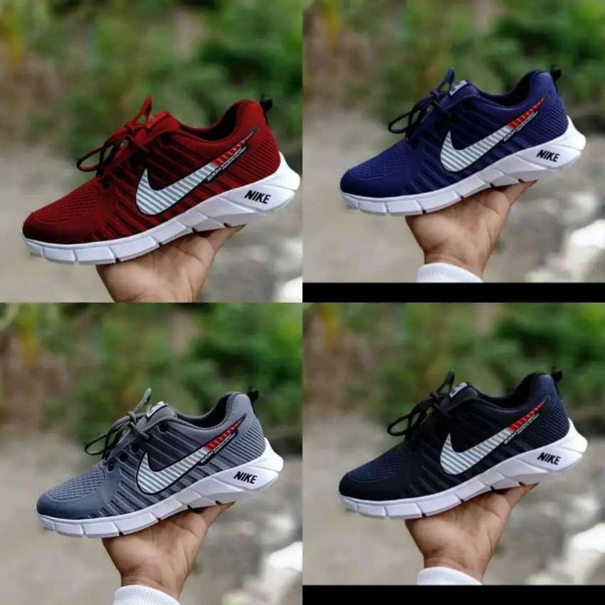 Sepatu Pria Termurah 0