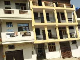 Portion available at very low rent for short family or students