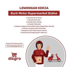 Lowongan Pekerjaan Kurir Motor Supermarket Online