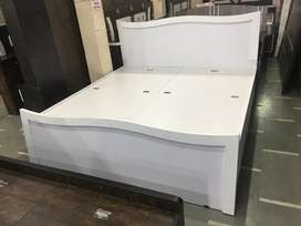 15000 wala bed 10,000/- me