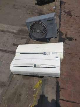 Menjual AC bekas dan baru dan melayani pemasangan. Bergaransi