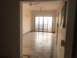 Spacious and well kept apartment in clifton block 1