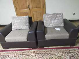 7 seater sofa set in good condition for sale