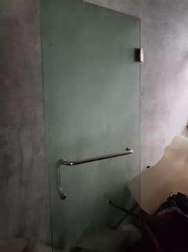 Jual sekat kaca kamar mandi