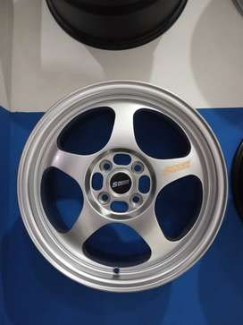 kredit dan cash velg import ring16 pcd 4x100 vios yaris