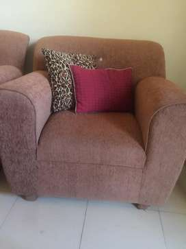 Slightly Used 6 seater sofa for urgent sale