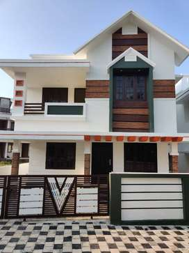 3Bhk Brand New House For Sale In Kuzhivelippady Near KMEA Engineering