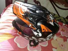 2 helmet sall and exchange urjent