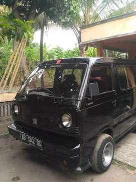 Suzuki Carry ST100