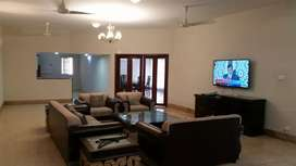 Fully furnished VIP luxurious Bungalow DHA Rent for  Daly basis