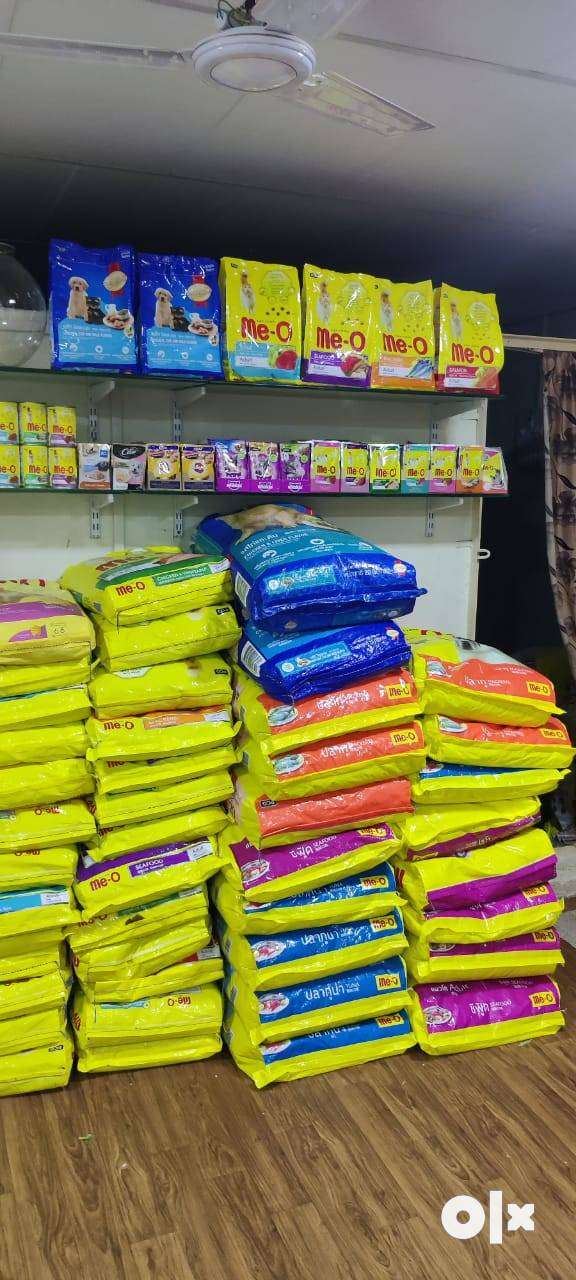 C A T FOOD AND D O G FOOD AT WHOLESALE PRICE WITH FREE DELIVERY