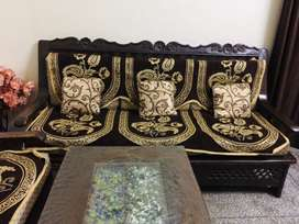 Sofa set with center table and set of sofa n cushion covers