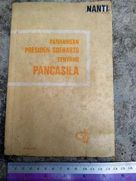 Buku Tentang Pandangan Pancasila Oleh Soeharto