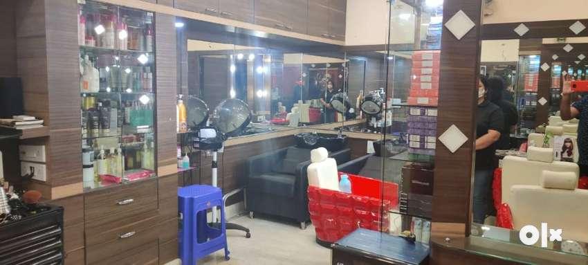 Boutique salon for sale 0