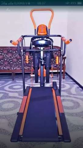 Delta fitness tredmil multifungsi
